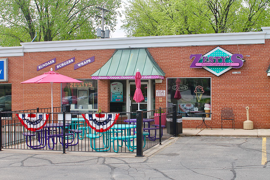 Zesty's Frozen Custard Restaurant on Greene Ave in Allouez, Wisconsin